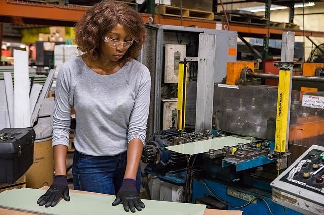 Offre d'emploi en production à Sainte-Julie, Varennes, Verchères, Contrecœur, Saint-Amable,